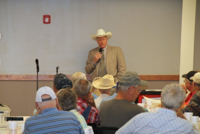 """Speaking at the Beef Producers Information Seminar in Emporia, Kendal Lothman, special agent for the livestock and brand investigation unit of the Kansas Attorney General's Office, said """"Lazy thieves can make easy money stealing high priced cattle."""" (Photo by Betty Anderson.)"""