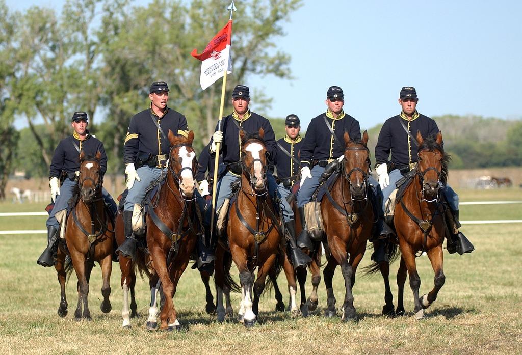 Commanding General's Color Guard484502503_f81a756e84_b[1]